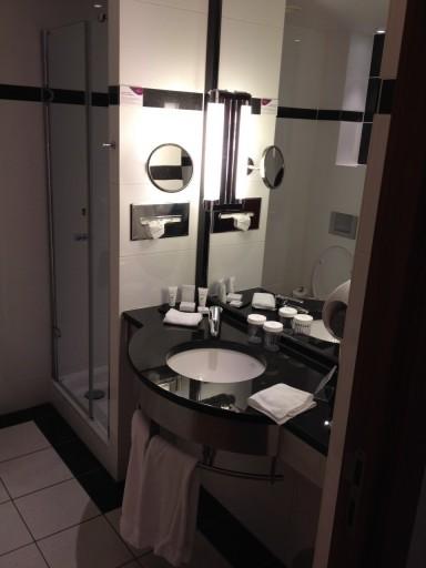 CP BRU Airport - Bathroom