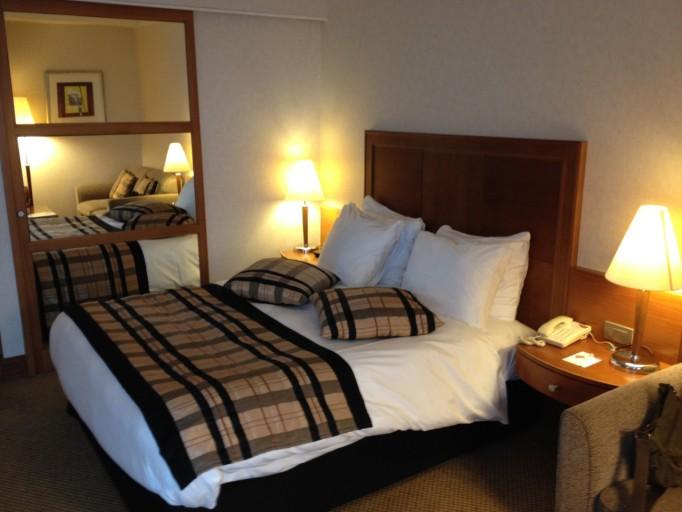 CP BRU Airport - Room Bed Side ViewJPG