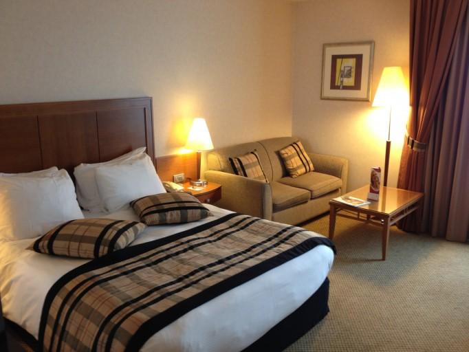 CP BRU Airport - Room Bed & Sofa