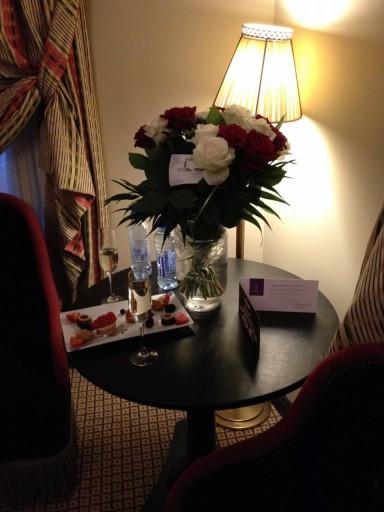 Des Indes - Roses & Champagne