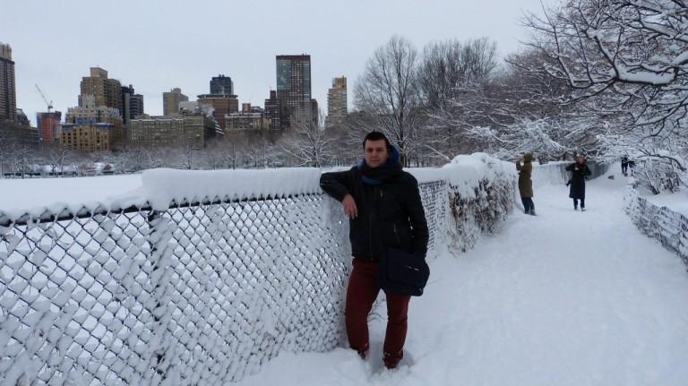 NYC is niet alleen de moeite in de zomer, maar   is ook dé ideale bestemming voor een trip in de winter. Je kan er heerlijk kerstshoppen en de prijzen in januari en februari liggen in vergelijking met de zomer erg laag.