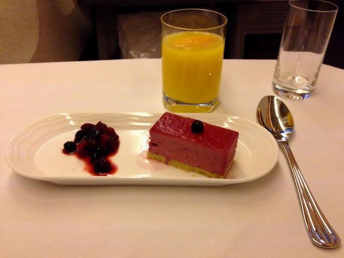 EK AMSDXB Dessert