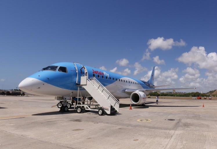 Embraer E190 met 112 zitplaatsen