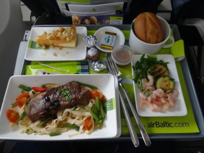 Inaugregatievlucht airBaltic Amsterdam Vilnius