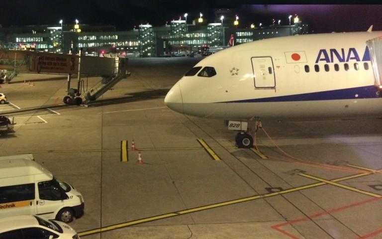 Boeing 787 ANA klaar voor vertrek in Düsseldorf