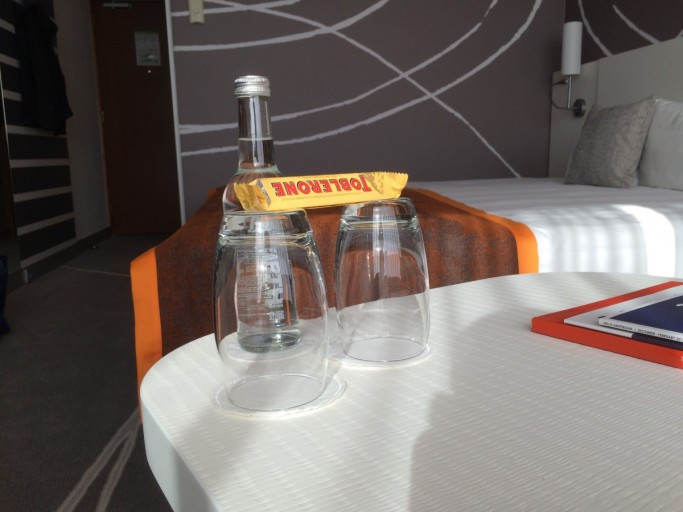 Holiday Inn Amsterdam - Free water & candy