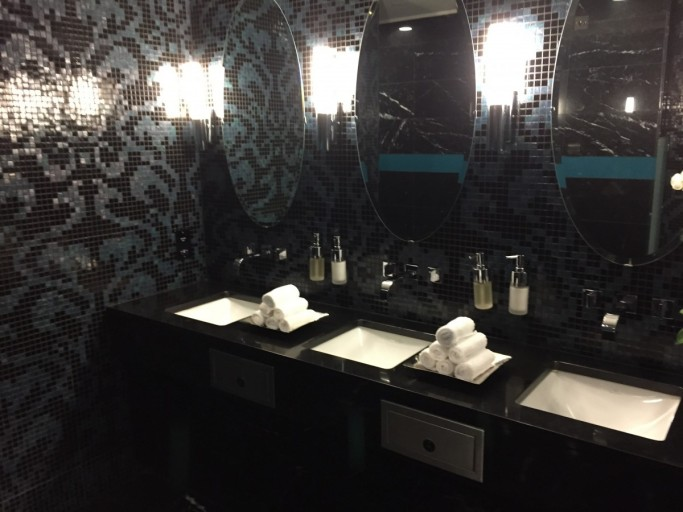 Lounge Badkamer