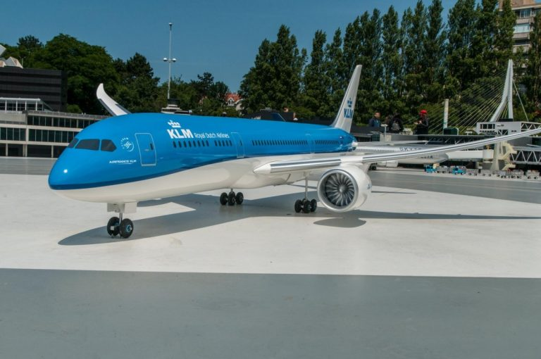 KLM & China Eastern Airlines