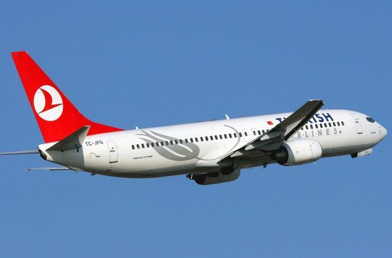Turkish AIrlines 737