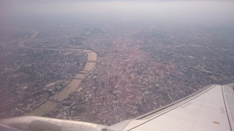 British Airways A319. Een prachtige view over London!
