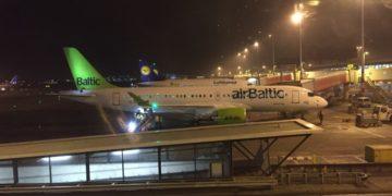 airBaltic CS300 Schiphol