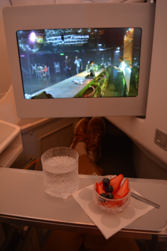 Finnair, business class, lounge, Airbus A350, Helsinki, Shanghai