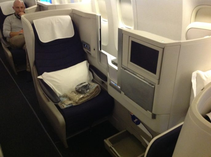 British Airways, Oneworld, British Airways ervaringen, Club World, Dubai, Review British Airways, British Airways catering, Business Class, Londen-Heatrow, Upgrade