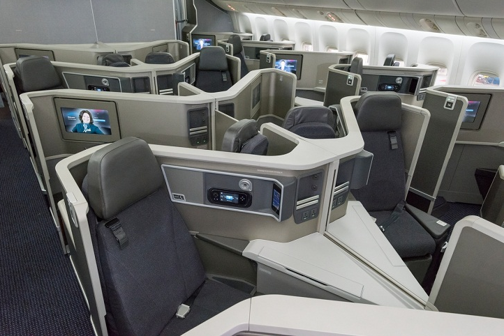 American Airlines, Oneworld, Reverse herringbone business class, Schiphol, Dallas, Boeing 777-200