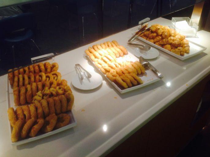 Croissants, Maple Leaf Lounge