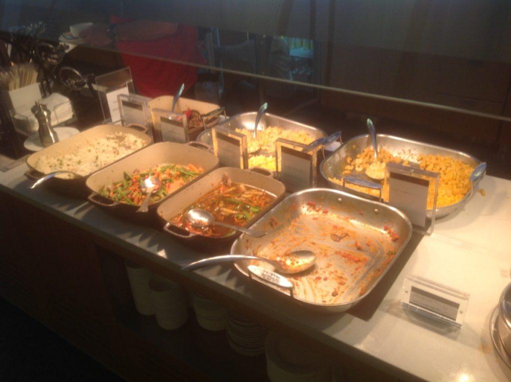 Warm buffet, Air Canada, Lounge, Toronto