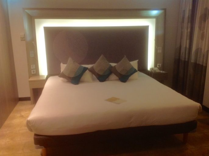 novotel, cairo, airport, kingsize bed