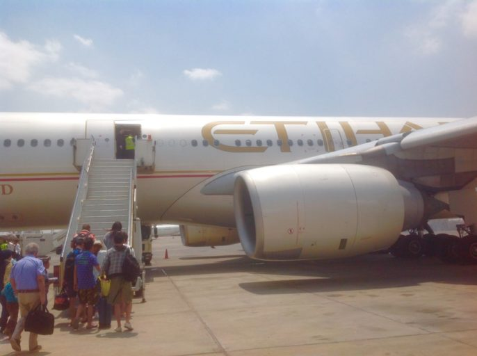 Etihad airways, A340, Cairo, Abu Dhabi