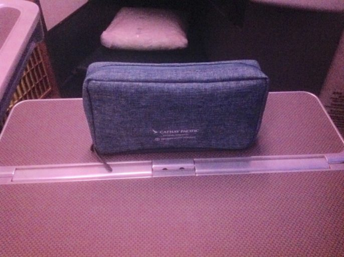 cathay pacific, amenity kit, a330, dubai