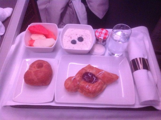cathay pacific, business class, ontbijt, a330, Hong Kong