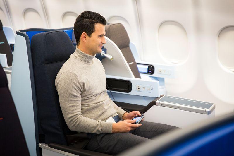 World Business Class cabine aan boord van de Airbus A330 (Bron: KLM)