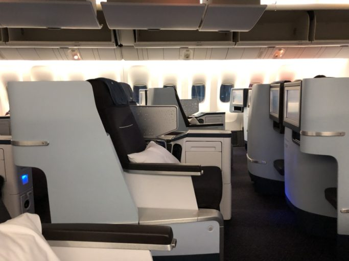 KLM World Business Class Boeing 777 Denpasar Singapore