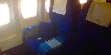 jet airways, business class, boeing 737
