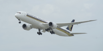 Singapore Airlines Boeing 787-10