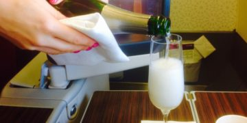 qatar airways, business class, a330, champagne