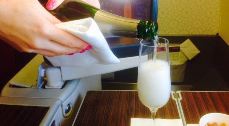 qatar airways, business class, a330, champagne