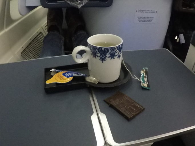 thee, chocolade, klm, business class