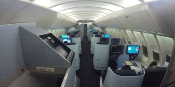 klm, boeing 747, upperdeck, business class