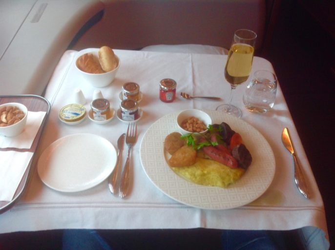 qatar airways, a380, ontbijt, first class