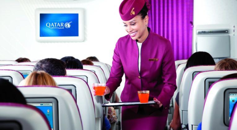 Qatar_Airways_cabin_crew_photo_15616x3744