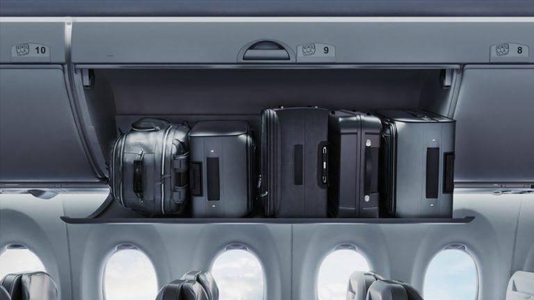 De Bombardier CS300 heeft ruime bagagebakken waardoor er meer handbagage meegenomen kan worden