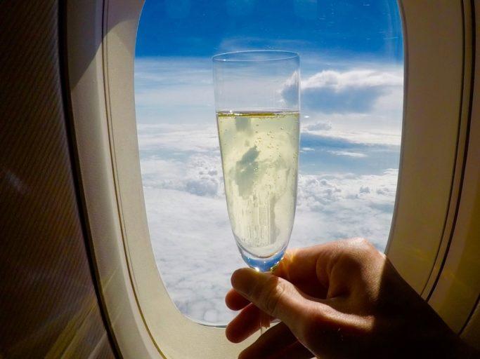 thai airways, royal first, boeing 747, champagne