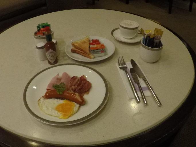 ontbijt, Thai airways, first class, Lounge