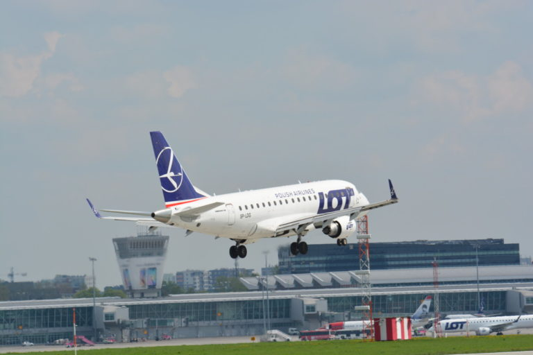 LOT Embraer 170 (Bron: LOT Polish Airlines)