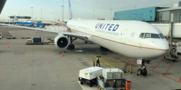 United Airlines UA71