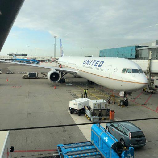 United Airlines UA71