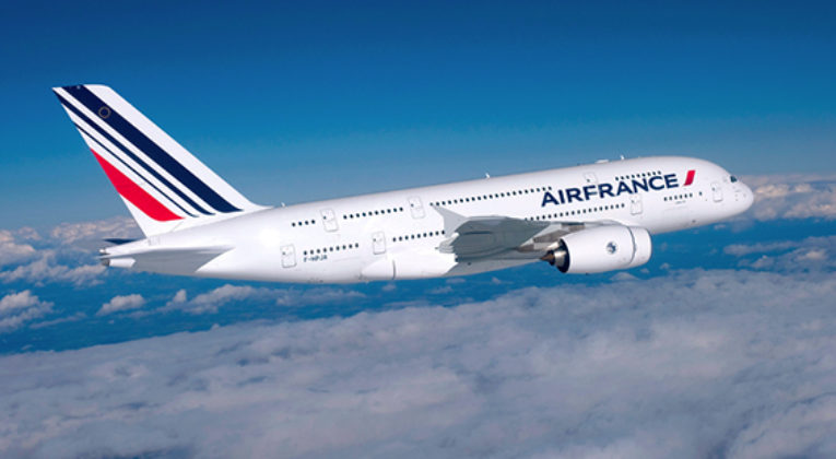 Air France Airbus A380 op de landingsbaan