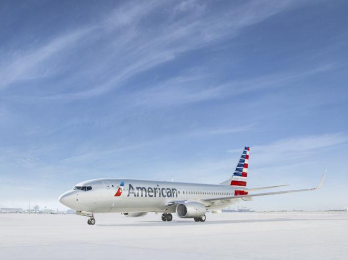 Los Angeles (LAX) is een van de grotere luchthavens in het zuiden van Amerika. American Airlines is een van de grootste maatschappijen die vanaf deze luchthaven vliegt. Om de groei, maar ook de reis te vergroten en versoepelen gaan de twee nu Terminal 4 en 5 verbouwen.