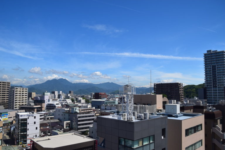 Shizuoka is gelegen aan de voet van het berggebied rondom Mt. Fuji