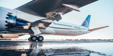 De Dreamliner is gemakkelijk te herkennen, namelijk aan de gekartelde motoren (Bron: United)
