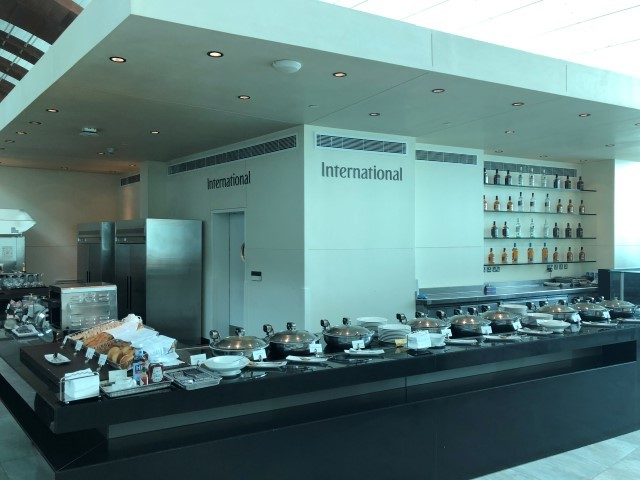 emirates business class lounge concourse B terminal 3 dubai