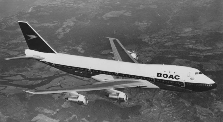 747 British Airways in nieuw oud jasje