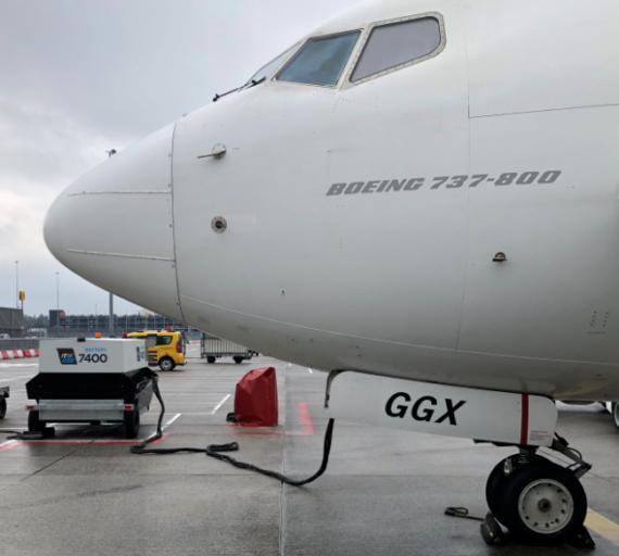 https://nieuws.schiphol.nl/elektriciteit-in-plaats-van-diesel-voor-vliegtuigen-op-luchthavens-royal-schiphol-group/