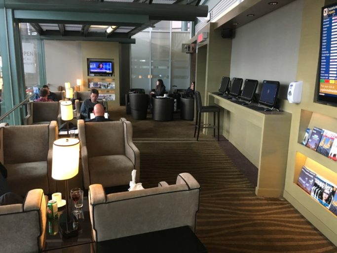 Review – Plaza Premium Lounge – Edmonton Airport