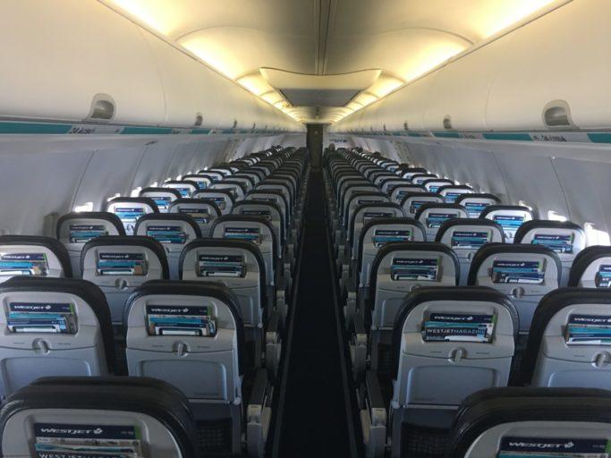 Review Westjet Economy Class - Edmonton naar Vancouver