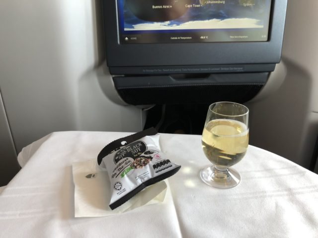 champagne, nootjes, Malaysia airlines
